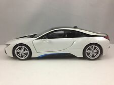 Paragon BMW i8 (i12) Crystal White Model Diecast Car 1/18 New in Box