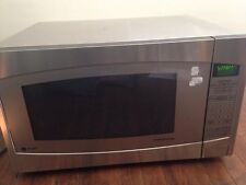 GE Profile Series 2.2 CuFt Stainless Steel Countertop Microwave (JES2251SJ02)