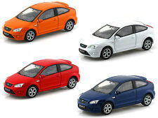 WELLY 1:32 DISPLAY FORD FOCUS ST Diecast Car 4 x Color Set