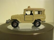 Tomica Pocket Cars #2 Toyota Land Cruiser in Beige. Made in Japan 1:60 diecast