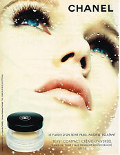 PUBLICITE ADVERTISING 045  2003  CHANEL  maquillage TEINT COMPACT