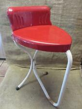 Vintage Metal Heart Shaped Chair   Antique Old Stool RARE FIND Table 9470