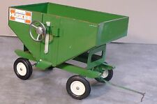 HUSKEE Gravity Wagon 1/16 Toy Ertl 1/16 Great Condition, Tractor