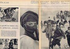 Coupure de presse Clipping 1957 Sophia Loren et John Wayne  (2 pages)