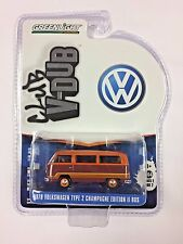 GREENLIGHT 1:64 CLUB V-DUB 1978 VOLKSWAGEN TYPE 2 CHAMPAGNE EDITION II BUS