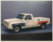 1975 GMC Indy 500 Pace Truck Factory Photo ad3642-UNPLRJ