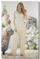 Elegant Lace Ivory Chiffon Two-Piece Pant Suits Mother Of The Bride Suits