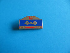 PARIS Le Cap 4 x 4 Rally pin badge, Enamel. Good Condition.