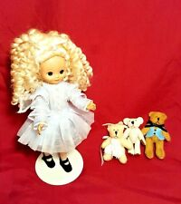 "Tonner Tiny Betsy McCall Betsylocks 8"" Doll w/ 3 Jointed Bears & Stand RARE"