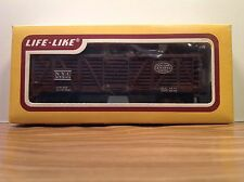 "HO Scale ""New York Central System"" 27303 40' Livestock Freight Train / Life-Like"