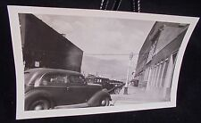 VINTAGE PICTURE OF CARS PARKED IN TOWN WITH MOUNTAINS  PHOTO PHOPTGRAPH