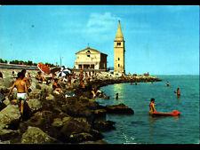 """CAORLE (ITALIE) EGLISE & CLOCHER """"VIERGE DE L'ANGE"""" & PLAGE animée en 1973"""