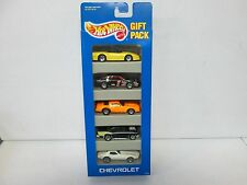 Hot Wheels 5 Pack Gift Set with 2 Corvettes 1 Camaro 375