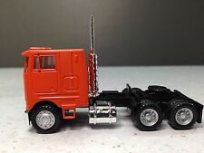 HO 1/87 Promotex/Herpa # 25246 Dual Axle Peterbuilt Semi Tractor - Orange