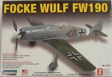 Lindberg 1/72 Focke Wulf FW190  Model Kit 70513 New