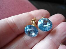 PRETTY PAIR  FOILED BACK SINGLE STONE STUD STYLE FACETED CRYSTAL CLIP ON EARRING