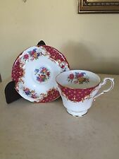 Paragon Fine Bone China ROCKINGHAM Bird Red  Teacup Cup & Saucer Set