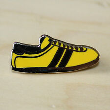 YELLOW & BLACK ENAMEL TRAINER STYLE BADGE - FOOTBALL & RUGBY - WATFORD COLOURS