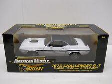 Ertl 1:18 Diecast 1970 Dodge Challenger R/T - White MIB - 10 Fastest Series