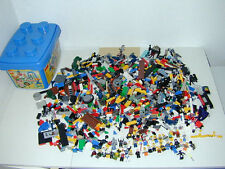 LEGO Lot Mixed Some Star Wars #7 with Bin 27 Figures Robots Spongbob