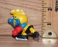 "Vintage Peyo 1978 The Smurfs ""Ice Hockey"" Toy PVC Figure Only **READ**"