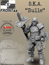 S.K.A ~Bulle~ 1/35 Scale resin model kit (Schwerer Kampfanzug) Front '46 Sci-Fi