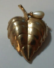 VINTAGE AVON LEAF SHAPE WITH FAUX PEARL SOLID PERFUME PIN BROOCH