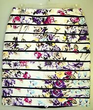 WHITE HOUSE BLACK MARKET--sz 2--JACQUARD FLORAL BUMBLEBEE PENCIL SKIRT--NWT