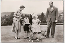 Vintage Postcard Queen Elisabeth II & The Royal Family of Great Britian