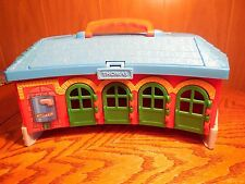 Thomas the Train Plastic Roundhouse Carrying Case-  The Learning Curve