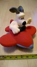 BNWOT Wallace & Gromit Small Squeaky DOG TOY GROMIT in Aeroplane Puppy NEW