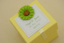 1 x handmade personnalisé jaune & daisy faveur boîtes-toute quantité tout design