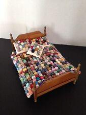 Miniature Yo Yo Quilt Dollhouse Bedspread Quilt & Pillows 1:12 scale