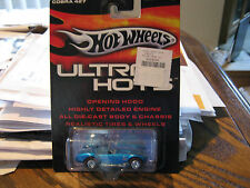 SHELBY COBRA 427         2005 HOT WHEELS ULTRA HOTS       1:64 DIE-CAST