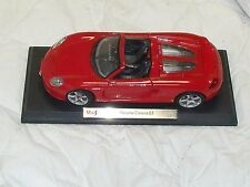 MAISTO PORSCHE CARRERA GT RED 0941 1/18 SCALE DIECAST On Stand