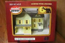 MODEL POWER/MRC DR. ANDREW'S HOUSE BUILT-UP HO SCALE BUILDING LIGHTED