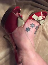 Women's Shoes / Well Worn High Heels / Red With Wooden Platform Size 6.5