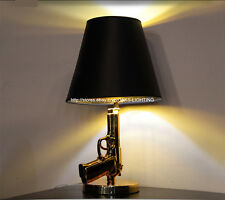 Modern Electroplate Gold Hand Gun Table Lamp Light Bedroom Desk Read Lighting