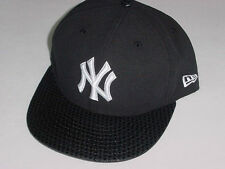New Era 59FIFTY NEW YORK YANKEES BLACK FITTED CAP/HAT BLACK DOT VISOR 7 1/4
