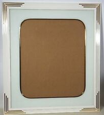 20X24 ~ AWC ~ White ~ Gold ~ Lacquer Picture Frame ~ Beautiful