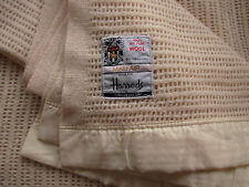 Gorgeous Harrods cellular blanket  Atkinson huge  pure new wool cream excellent