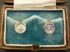 BOXED PAIR OF 9ct WHITE GOLD COLLAR STUDS, SET WITH MOTHER OF PEARL AND PEARLS