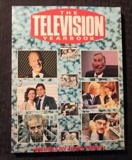 1985 THE TELEVISION YEARBOOK by Dick Fiddy SC VF+ 8.5 1st Virgin UK