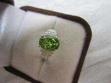 STUNNING 14 KT GOLD 2.88 CTW PERIDOT AND DIAMOND RING !!!!!!!!!!
