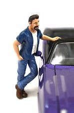 MARK FIGURE AMERICAN DIORAMA HANGING OUT 23955 1:24 ACCESSORY