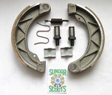 BRAKE SHOE KIT.  MIKINO PARTS. SUITABLE FOR THE GP LAMBRETTA SCOOTER
