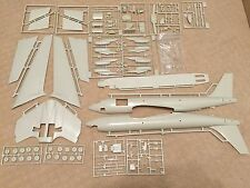 AMT ERTL 1/72 Scale Boeing KC-135A Stratotanker #8848 Bagged w/EXTRA Resin PE
