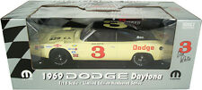 1:18 ERTL  1969 Dodge Daytona Charger #3 Don White  Limited WINGED WARRIORS