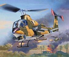Revell 1:100 Bell AH-1G Cobra - 04954