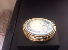 Estee Lauder Youth Dew Christmas Cameo Compact for Solid Perfume 1979 empty